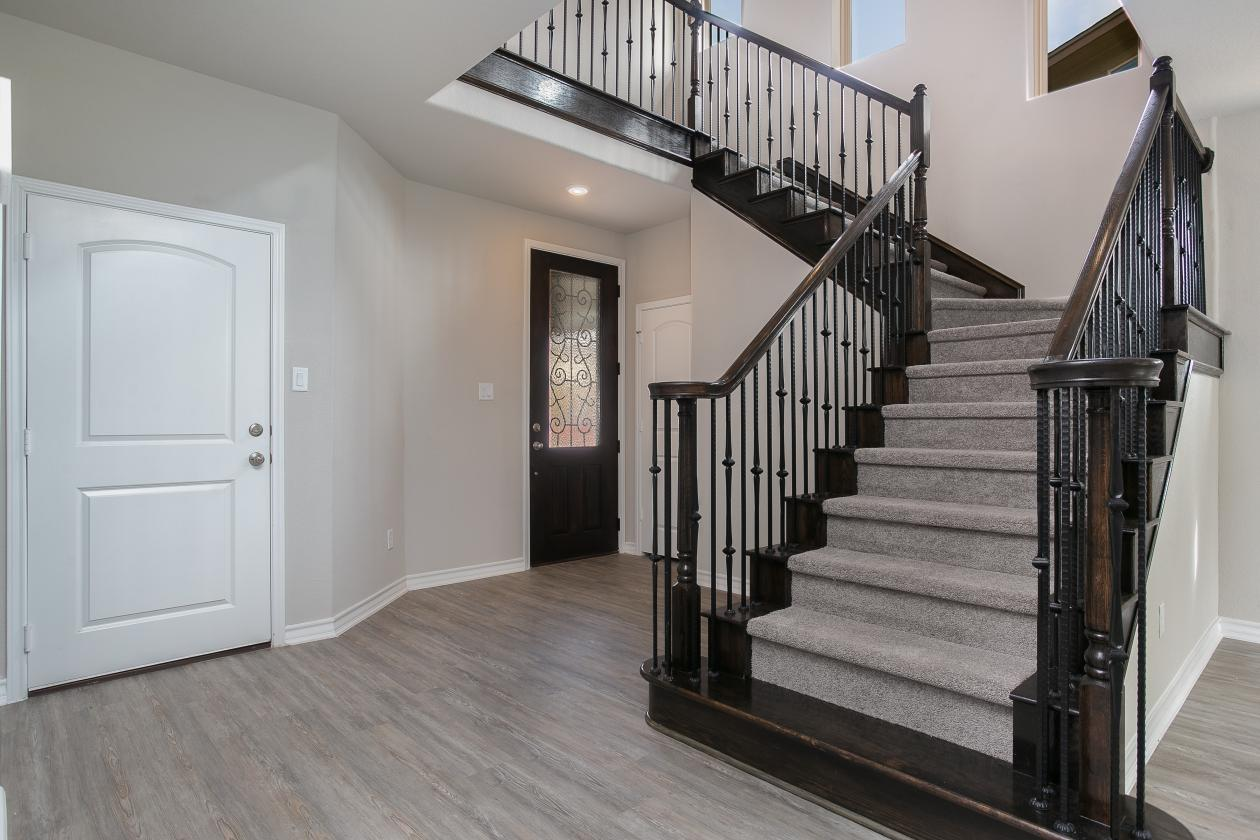 Staircase & Entry